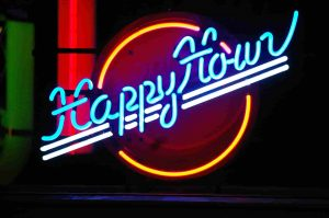 happy hour_my job interview in Germany_tips to increase your chances of getting a job or getting hired_hkwomanabroad