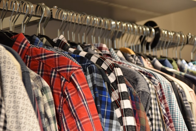 leave your clothes on the hangers_42 moving tips_moving locally or internationally_my life in germany_hkwomanabroad