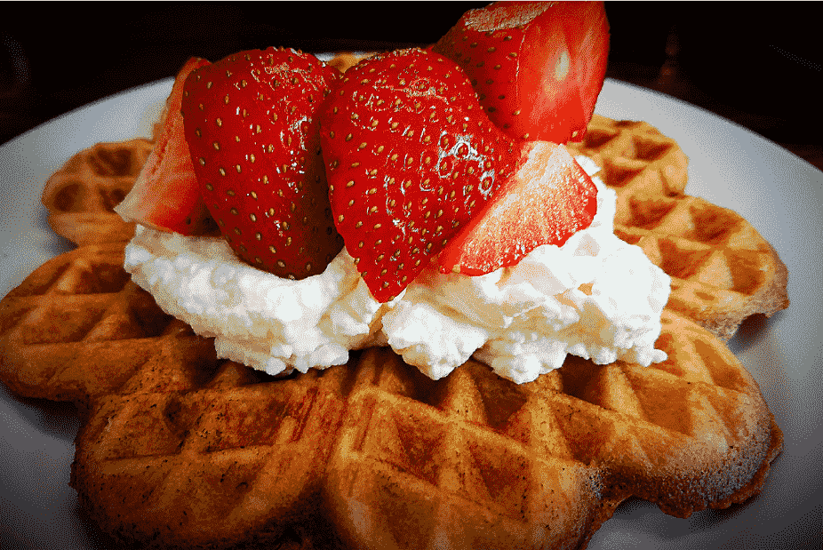 featured image mini_strawberry waffle recipe - strawberry season in Germany_my life in germany_hkwomanabroad-min