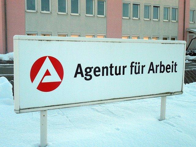 Arbeitsamt_arbeitsagentur_unemployment benefit in germany_arbeitslosengeld_hartz 4_my life in germany_work_hkwomanabroad